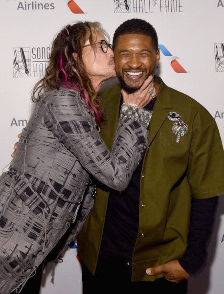 NEW YORK, NY - JUNE 14: Steven Tyler and Usher pose backstage during the Songwriters Hall of Fame 49th Annual Induction and Awards Dinner at New York Marriott Marquis Hotel on June 14, 2018 in New York City.  (Photo by Larry Busacca/Getty Images for Songwriters Hall Of Fame) *** Local Caption *** Steven Tyler;Usher
