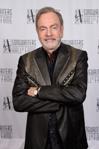 NEW YORK, NY - JUNE 14:  Johnny Mercer Award Honoree Neil Diamond poses backstage during the Songwriters Hall of Fame 49th Annual Induction and Awards Dinner at New York Marriott Marquis Hotel on June 14, 2018 in New York City.  (Photo by Gary Gershoff/Getty Images for Songwriters Hall Of Fame) *** Local Caption *** Neil Diamond